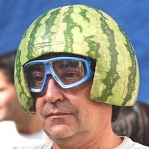watermelon helmet (1)