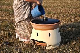 Eliodomestico solar water distiller
