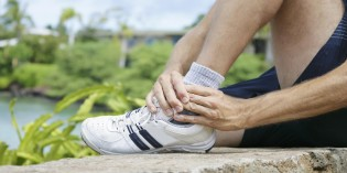 Acupuncture helps man with ankle pain to avoid 3rd surgery