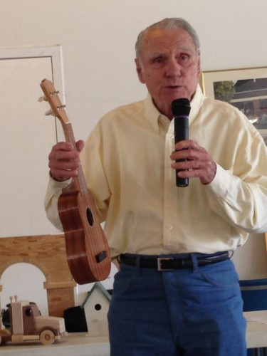 Bobby Clayton talking about a ukulele he made at Jax Woodworkers Show-N-Tell
